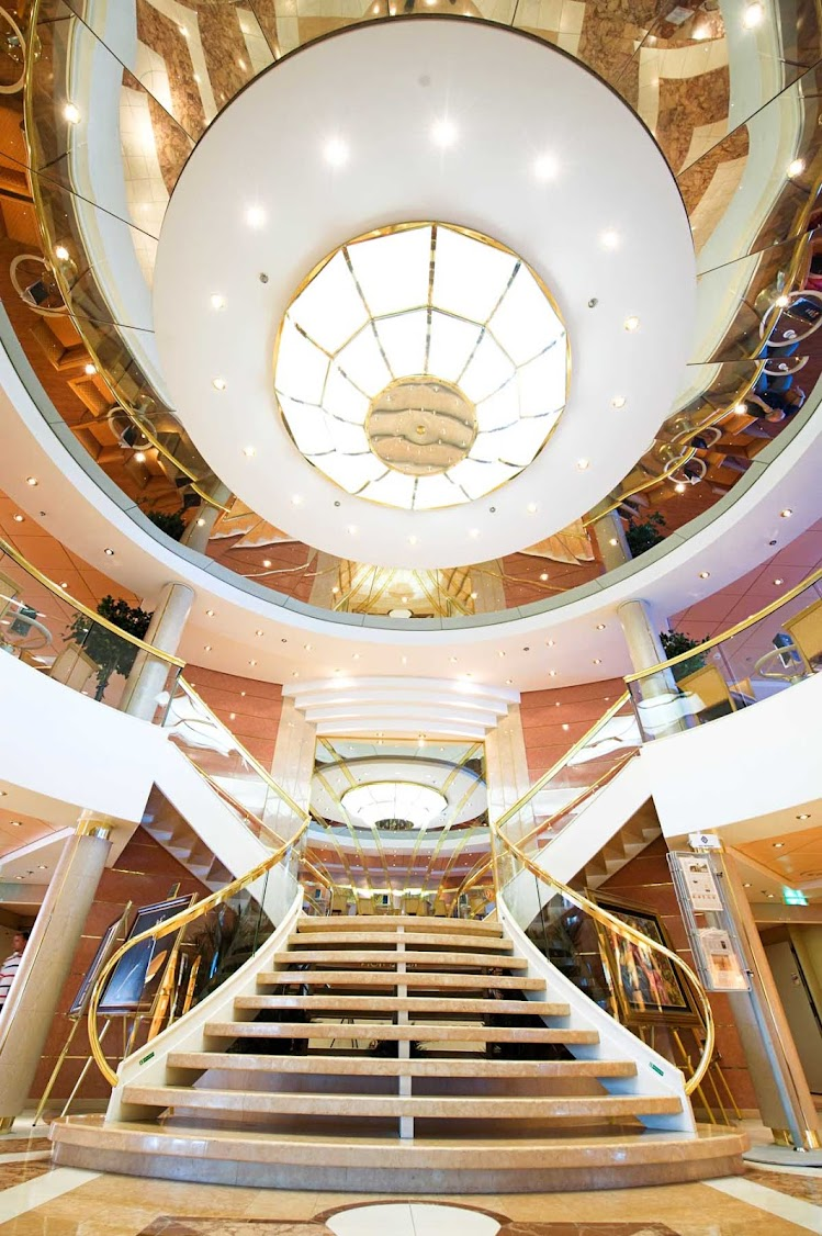 Everything about MSC Lirica evokes luxury and a sense of grand style, including its reception area.