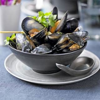 Mussels In Spiced Broth.