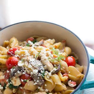 One Pot Pasta with Chicken, Feta and Dill.