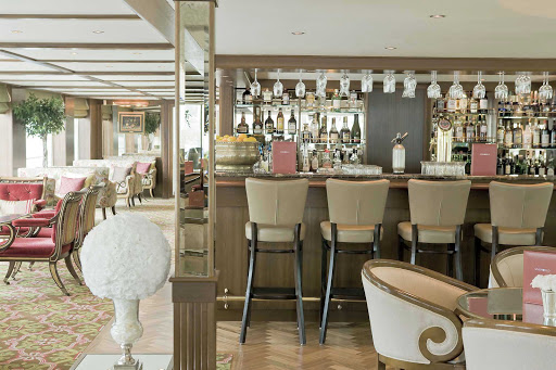 While you're cruising down the Danube, spend your evening with friends in River Beatrice's lavish lounge bar.