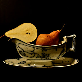 story about it  by Anisja Rossi-Ungaro - Artistic Objects Still Life