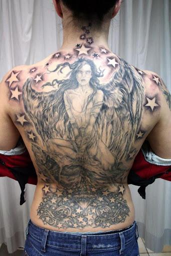 天使紋身壁紙