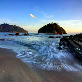 Cool Sunset by Erwan Setyawan - Landscapes Beaches ( wadu jao )