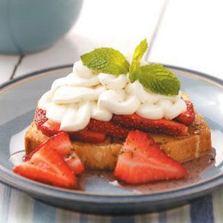 Lemon-Mint Pound Cake with Strawberries Recipe