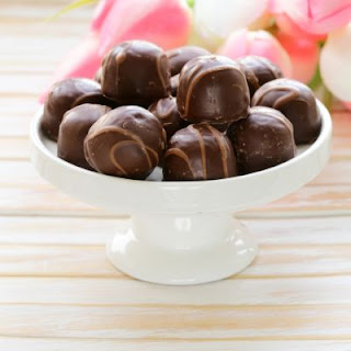 Copycat Fannie May's Cherry Chocolates