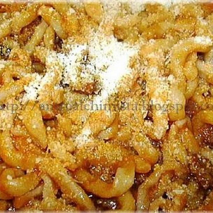 Pici Pasta with a Garlic Sauce