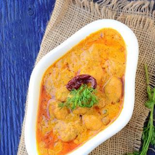 Authentic Kashmiri Dum Aloo / Kashmiri Style Baby Potatoes