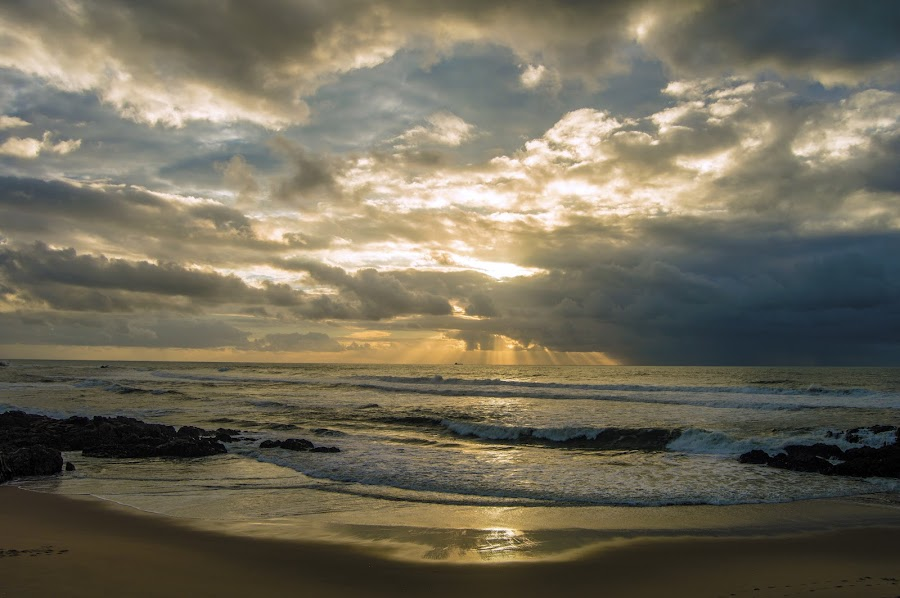Stormy weather by José Pedro Whiteman - Landscapes Cloud Formations ( clouds, clouds and sea, sea, cloudscape, ocean, beach, sunlight, sun, sunset, sunny, sunrays, cloudy, ocean view )