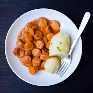 Nakkikastike (Finnish Hot Dogs in Sauce).