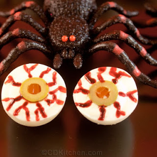 Bloody Halloween Deviled Egg Eyeballs