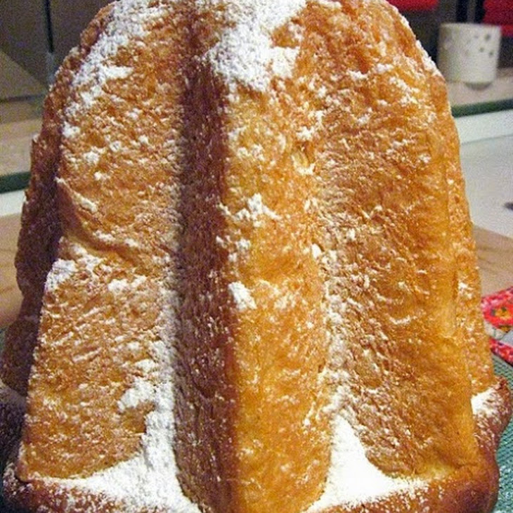 Pandoro Cake