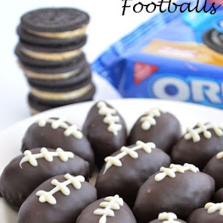 OREO Cookie Balls {Footballs}.