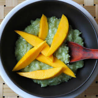 Thai-Inspired Coconut-Pandan Rice Pudding with Fresh Mango.