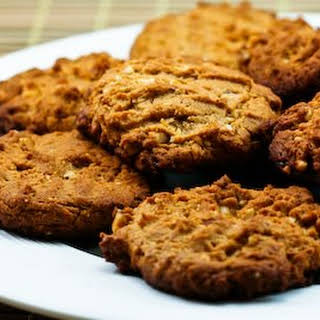 Sugar-Free and Gluten-Free Triple Almond Cookies.