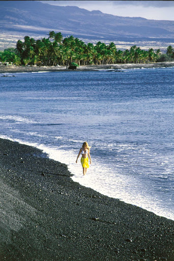 Black-Sand-Beach-Hawaii - Woman walking on Black Sand Beach, West Kohala Coast, on the Big Island of Hawaii.