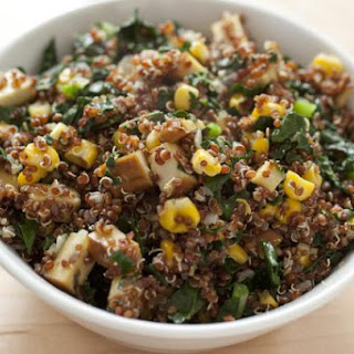 Quick Quinoa Stir-Fry with Vegetables and Tofu