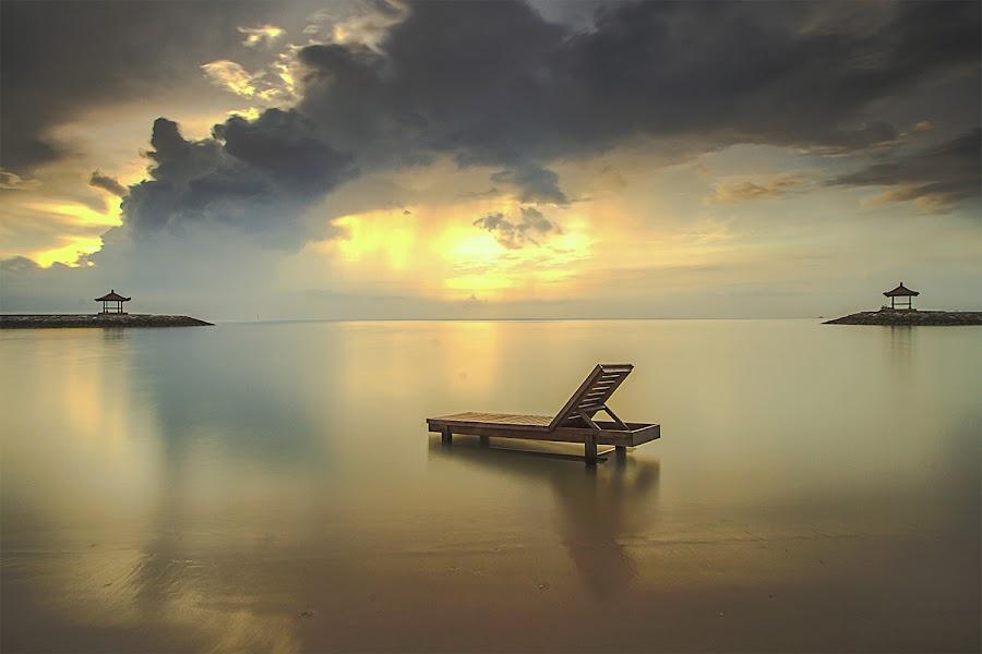 chair on beach by Gus aik Pradnyana Putra - Landscapes Beaches ( sanur, sunrise, beach, morning )