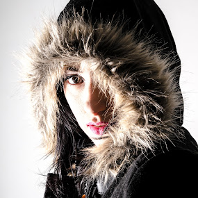 hello by Alex Kapmar - People Portraits of Women