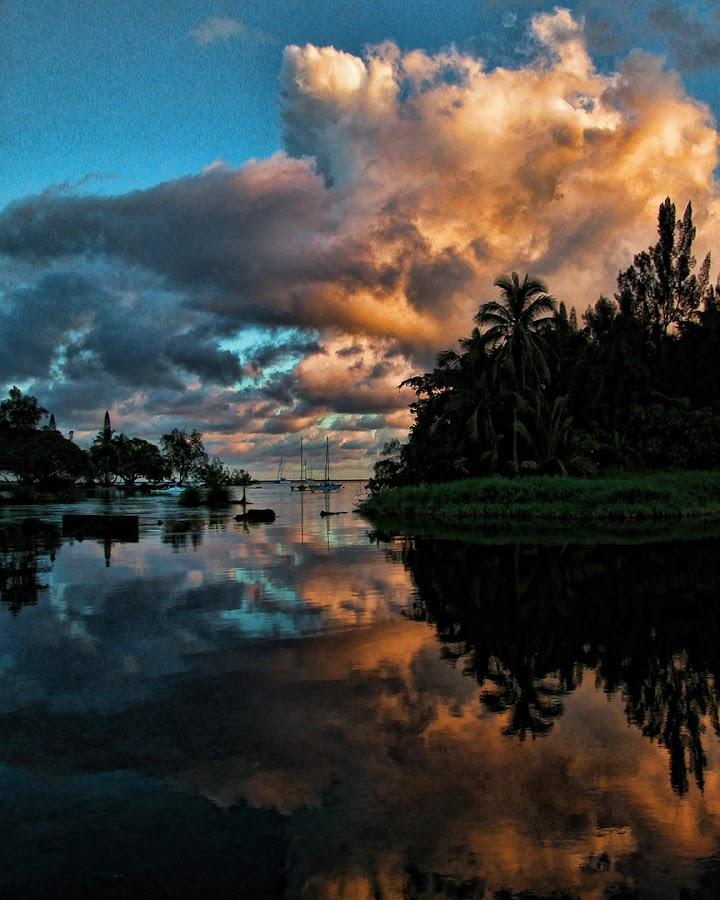 Hilo Sunrise by Tom Reiman - Landscapes Sunsets & Sunrises ( hilo, colorful, reflections, sunrise, hawaii,  )