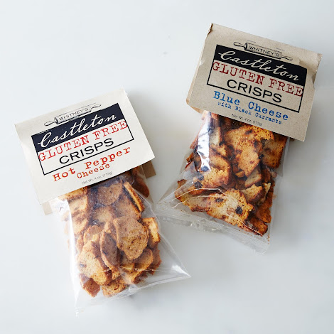 Gluten Free Hot Pepper & Blue Cheese Currant Crisps