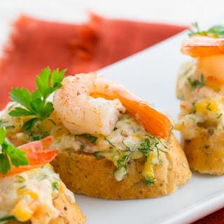 Cheesy Shrimp Tea Sandwiches (Canapés).