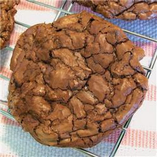 Cookie That Thinks It's a Brownie