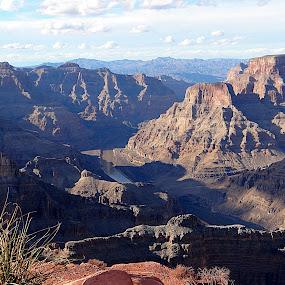 El Gran Cañon by Lidia Noemi - Landscapes Mountains & Hills ( las vegas, rio, el gran cañon, indios, montaña,  )