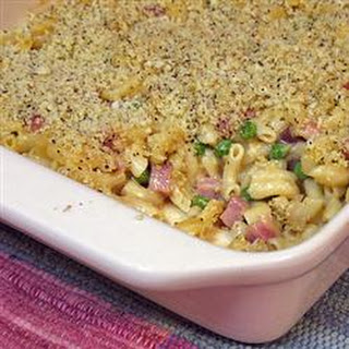 Macaroni and Cheese with Ham, Peas and Shallots