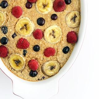 Banana Berry Baked Oatmeal