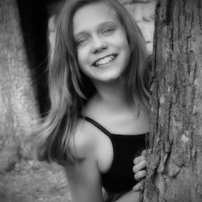 I found you by Amy Pemble - Black & White Portraits & People ( tree, black and white, pretty smile, fun, young girl,  )