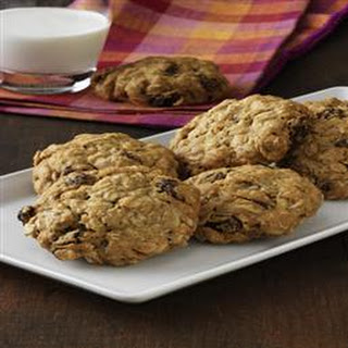 Vanishing Oatmeal Raisin Cookies