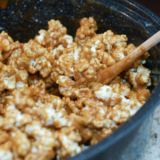 How to Make Homemade Caramel Corn