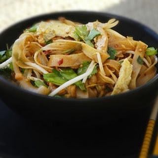 Pad Thai chicken.