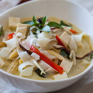 Vegetable Curry Noodle Soup