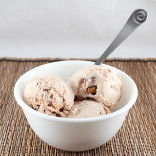 Moose Tracks Ice Cream (Low Carb, Gluten Free, and Dairy Free)