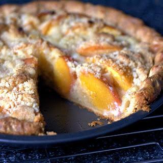Peach and Crème Fraîche Pie.