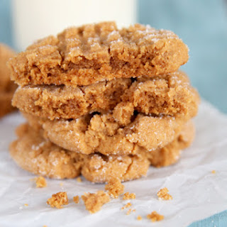 Easy Flourless Peanut Butter Cookies.