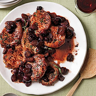 Pork with Grapes and Tarragon