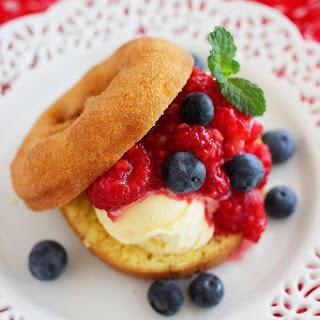 Easy No-Bake Berry Donut Shortcakes.
