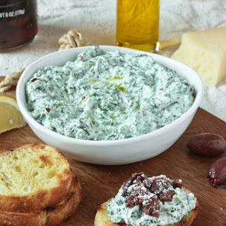 Spinach and Ricotta Crostini with Kalamata Olives