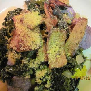 Kale with Heirloom Tomatoes and Marinated Tofu over Potatoes.