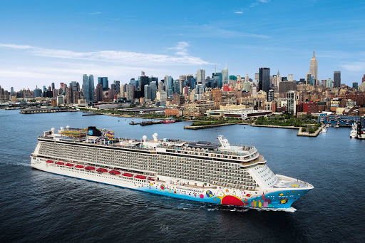 Norwegian-Breakaway-New-York-skyline - Guests on Norwegian Breakaway take in a sweeping view of New York as the ship sails to her next destination.