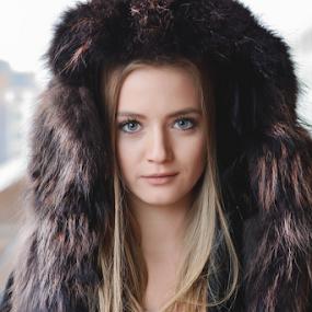 by Ivelin Zhelyazkov - People Portraits of Women ( style, wild hair, makeup, woman, art, varna photographer, natural light model, nikon, portrait )