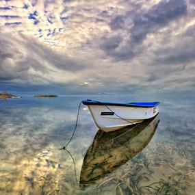 Cloudy Sanur by Hendri Suhandi - Landscapes Beaches ( clouds, bali, sanur, beach, sunrise, travel, morning )