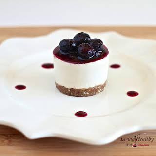 Raw, No Bake Blueberry Cheesecake.