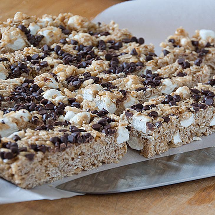 Chewy S'Mores Granola Bars Recipe