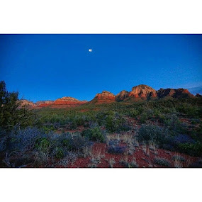 Out in the desert of Sedona Arizona yesterday. by Sean Walker - Landscapes Deserts ( sunset, sunrise, sun, TagsForLikes, TFLers, pretty, beautiful, red, orange, pink, sky, skyporn, cloudporn, nature, clouds, horizon, photooftheday, instagood, gorgeous, warm, view, night, morning, silhouette, instasky, all_sunsets )