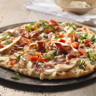 Roasted Chicken, Bacon and Tomato Alfredo pizza