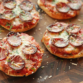 The Best English Muffin Pepperoni Pizza