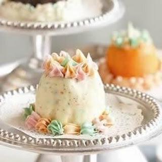 Festive Mini Ice Cream Cakes.